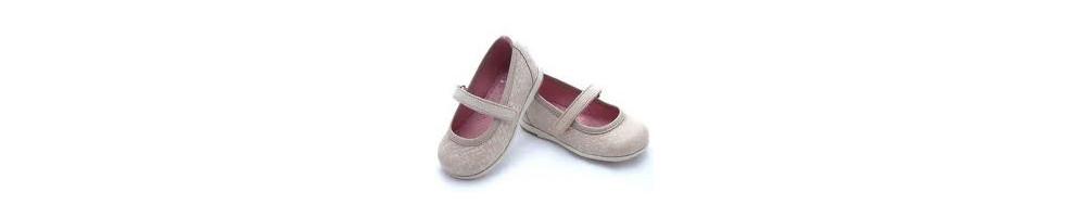 Calzados y zapatos para niña